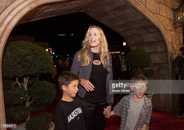 Daryl Hannah at the premiere of Harry Potter and the Sorcerer's Stone in Los Angeles Ca Wednesday November 14 2001 Photo by Kevin Winter/Getty Images