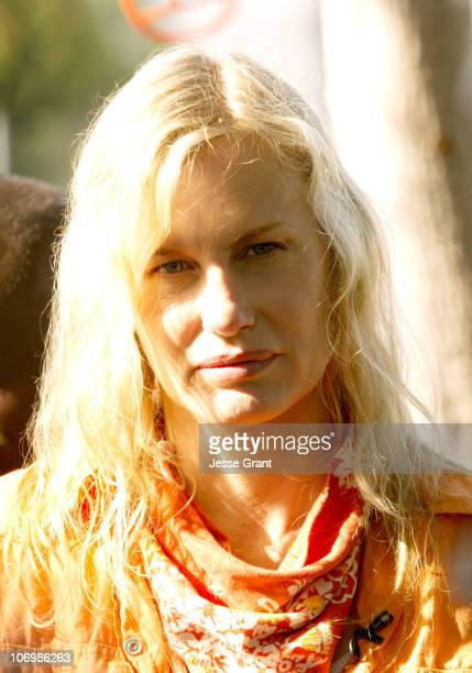Daryl Hannah during Daryl Hannah Protests the Closing of South Central Los Angeles Farm June 1 2006 in Los Angeles California United States