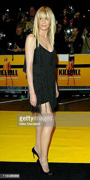Daryl Hannah during Kill Bill Vol 1 London Premiere Arrivals at The Odeon Leicester Square in London Great Britain