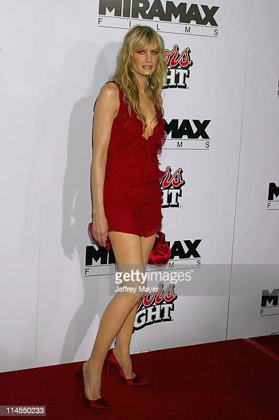 Daryl Hannah during 'Kill Bill Vol 1' Premiere Arrivals at Grauman's Chinese Theatre in Hollywood California United States