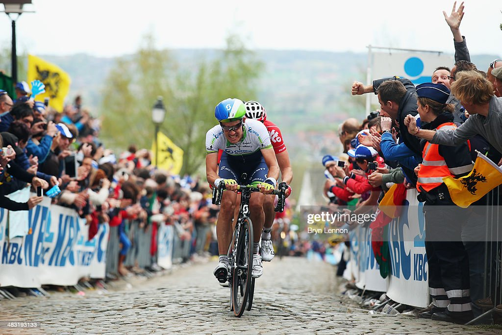 Daryl Impey of South Africa and Orica GreenEDGE rides up the Kwaremont during the 98th Tour of Flanders from Bruges to Oudenaarde on April 6, 2014 in Oudenaarde, Belgium.