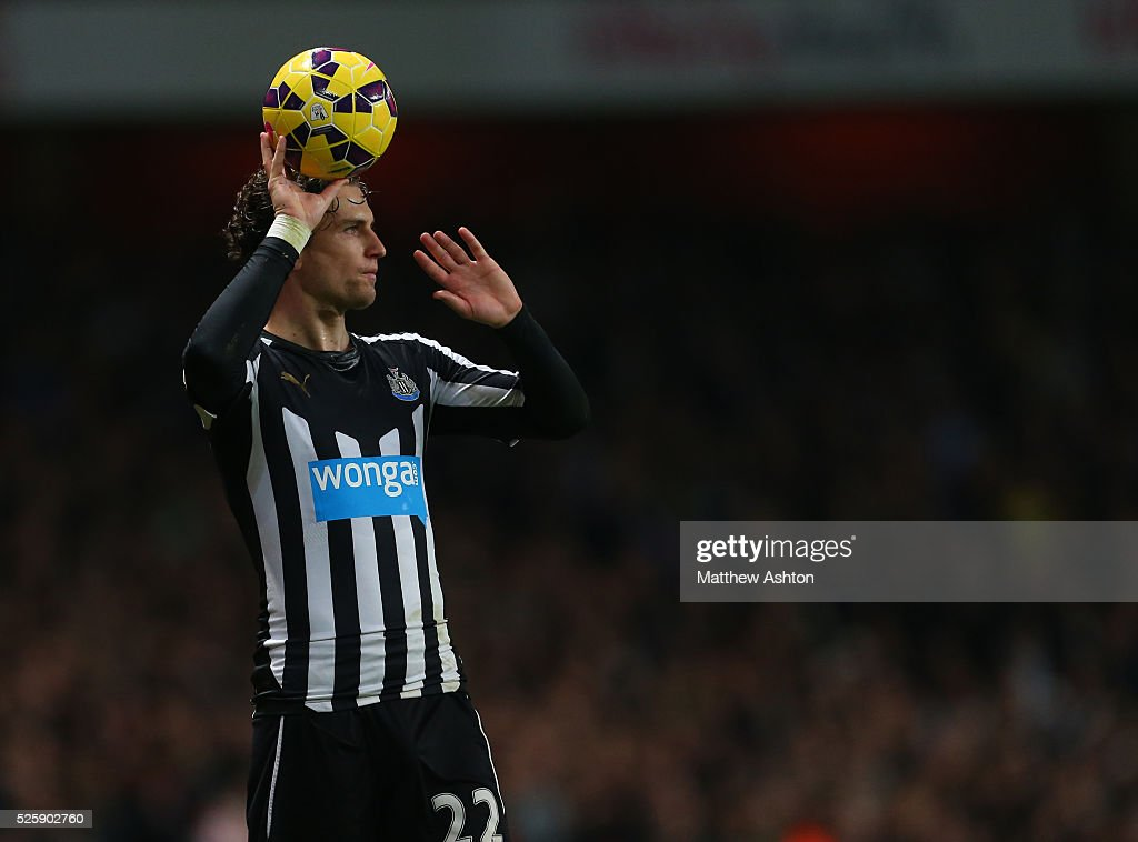 Soccer - Barclays Premier League - Arsenal v Newcastle United : News Photo
