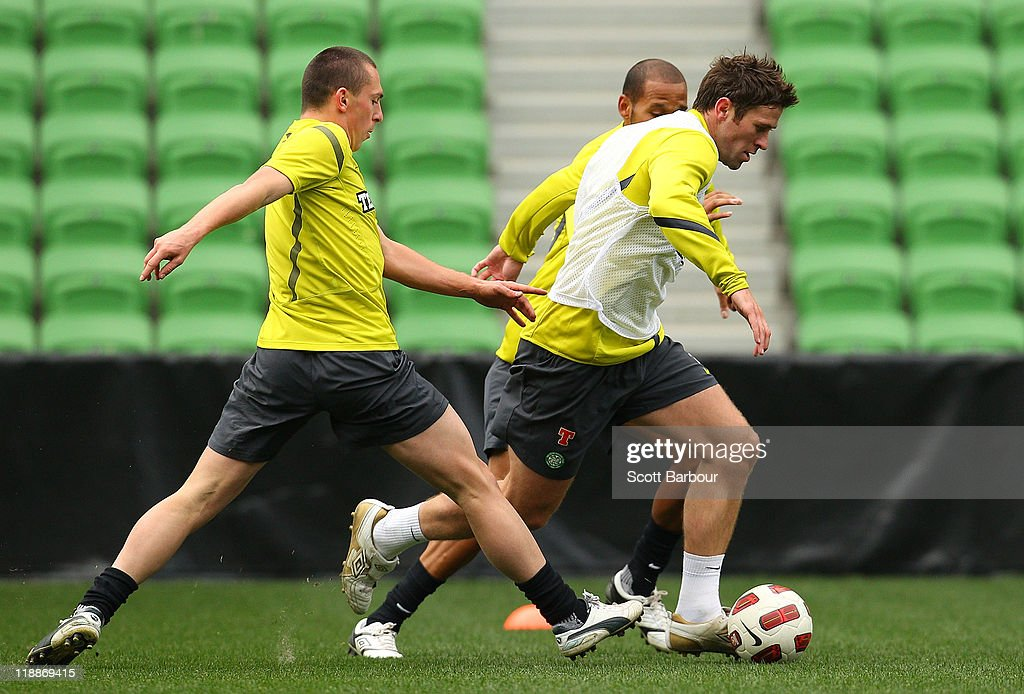 Daryl Murphy of Celtic runs with the ball during a Glasgow Celtic training session at AAMI Park on July 12, 2011 in Melbourne, Australia.