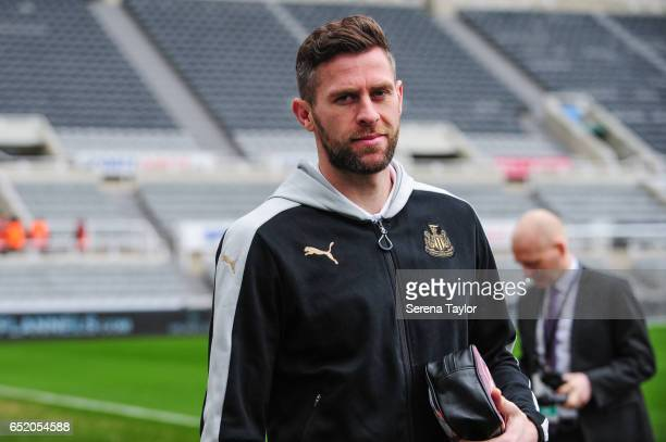 Daryl Murphy of Newcastle United arrives prior to kick off of the Sky Bet Championship Match between Newcastle United and Fulham at StJames' Park on...