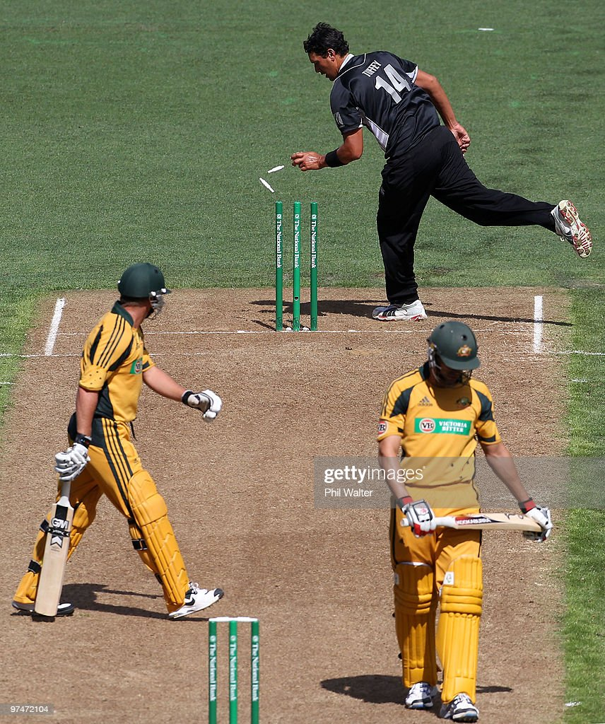 New Zealand v Australia - 2nd ODI