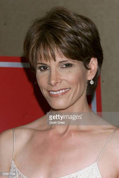 Daryn Kagan arrives at the 2002 National Gracie Allen Awards at the Hilton Hotel in New York City 4/17/02 Photo by Scott Gries/ImageDirect