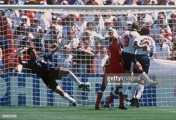 Marseille 150698 ENGLAND TUNESIEN 20 Das 10 durch Alan SHEARER/ENG