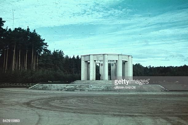 Das 'Abstimmungs Denkmal' bei Allenstein errichtet 1928 Sommer 1939