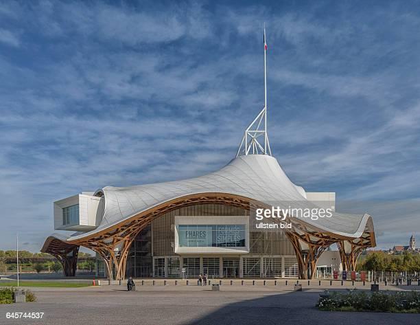 Das Centre Pompidou-Metz in Metz, fotografiert am 26. Oktober 2014, ist als Zentrum für alle Formen zeitgenössischer Kunst eine Dependance des Centre...