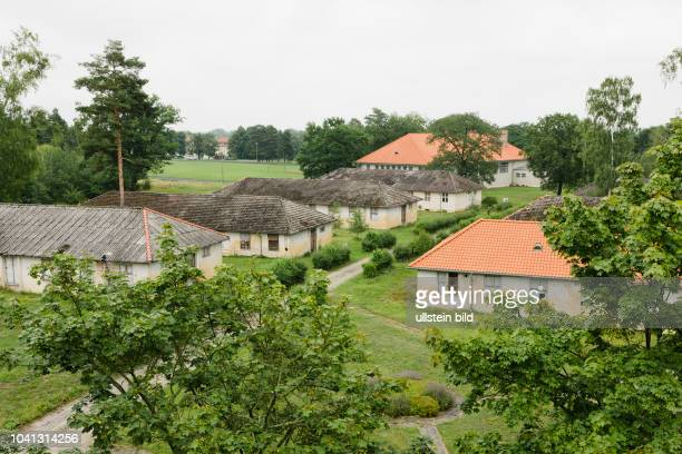Das ehemalige Olympische Dorf für die Olympischen Spiele 1936 in Berlin Später wurde das Gelände für die Wehrmacht genutzt Nach dem 2 Weltkrieg zog...