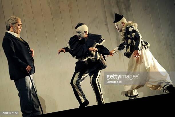 Das Ensemble des Saarländischen Staatstheaters probt im großen Haus des Staatstheaters die Oper Werther beruhend auf dem Drama von Johann Wolfgang...