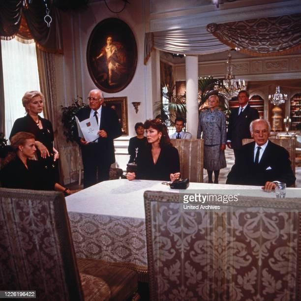Das Erbe der Guldenburgs Fernsehserie Deutschland 1986 1988 Folge Das falsche Testament Darsteller Sydne Rome Iris Berben Katharina Böhm Monika...