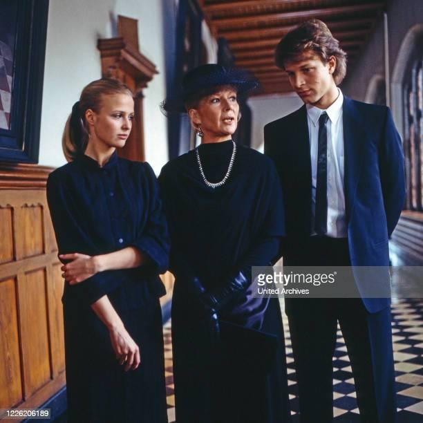 Das Erbe der Guldenburgs Fernsehserie Deutschland 1986 1988 Folge Das letzte Vermächtnis Darsteller Katharina Böhm Christiane Hörbiger Jochen Horst