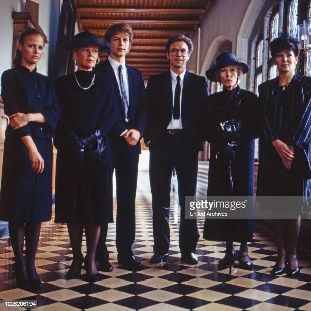Das Erbe der Guldenburgs Fernsehserie Deutschland 1986 1988 Folge Das letzte Vermächtnis Darsteller Katharina Böhm Christiane Hörbiger Jochen Horst...