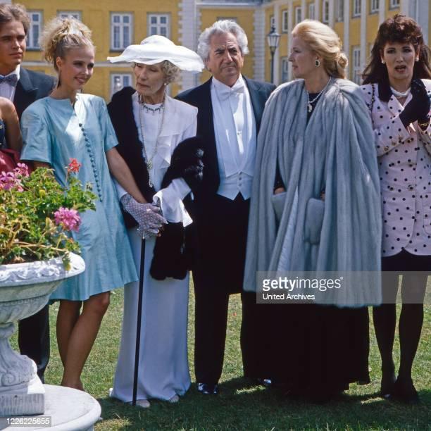 Das Erbe der Guldenburgs Fernsehserie Deutschland 1986 1988 Folge Der falsche Moment Darsteller Katharina Böhm Brigitte Horney Daniel Gelin...