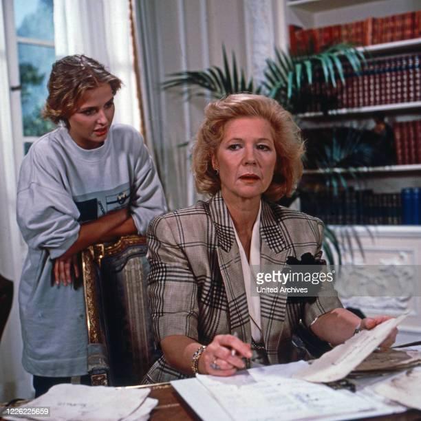 Das Erbe der Guldenburgs Fernsehserie Deutschland 1986 1988 Folge Der falsche Moment Darsteller Katharina Böhm Christiane Hörbiger