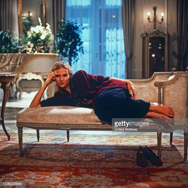 Das Erbe der Guldenburgs Fernsehserie Deutschland 1986 1988 Folge Die feindlichen Geschwister Darsteller Katharina Böhm