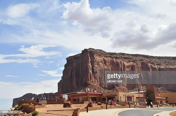 Das gesamte Monument Valley liegt innerhalb der Navajo Indian Reservation, aufgenommen am 12. August 2012.
