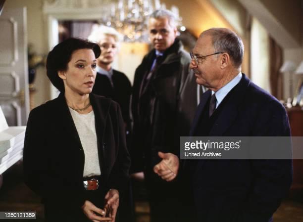 Das Geständnis, D 1993, Regie: Gero Erhardt, EVA KRYLL, ELISABETH WIEDEMANN, MICHAEL ANDE, ROLF SCHIMPF.