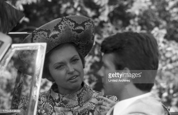 Das gewisse Etwas der Frauen, Originaltitel: Come imparai ad amare le donne, Komödie, Deutschland 1966, Regisseur: Luciano Salce, Darsteller: Nadja...