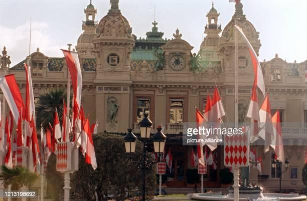 Das Kasino in Monte Carlo im Fürstentum Monaco am 24.1.1999. Fürst Rainier von Monaco ist stolz darauf, den Kleinstaat in den nunmehr fast 50 Jahren...