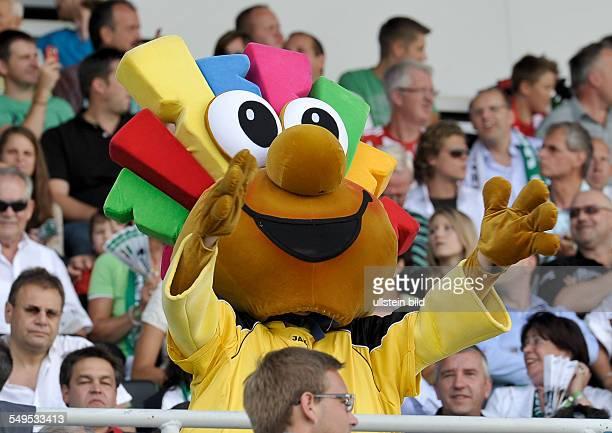 Das Maskottchen des Sponsors Trolli auf der Tribuene waehrend dem Fussball Bundesliga Spiel SpVgg Greuther Fuerth gegen den FC Bayern Muenchen am 1...
