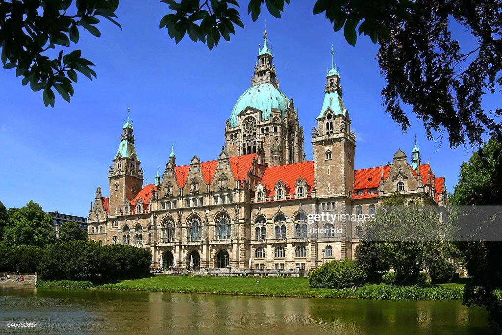98eb6858824ea5 Das  Neue  Rathaus in Hannover - Sitz des OB. . News Photo