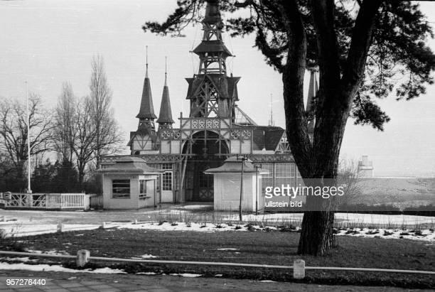 Das Ostseebad Koserow auf der Insel Usedom im Winter 1957 Foto Reinhard Kaufhold Mindere technische Qualität bedingt durch historische Vorlage