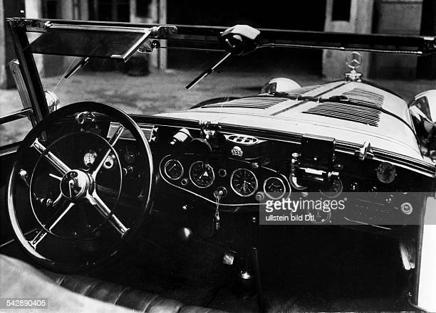 Das Schaltbrett des 15 / 75 Mercedes Sportkabrioletterschienen 'Dame' 12/1933Foto Friedrich Seidenstücker