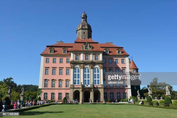 Das Schloss Fürstenstein bei Waldenburg Im Zweiten Weltkrieg wurde das Schloss als mögliches Hauptquartier für Hitler umgebaut und an das...