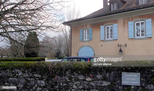 Das Wohnhaus der amerikanischen Schauspielerin Audrey Hepburn aufgenommen am in Tolochenaz Hier starb Hepburn vor 25 Jahren in der Schweiz wo sie...