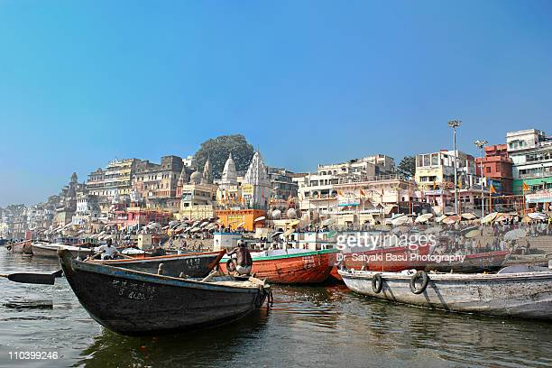 Dasashwamedh Ghat from the boat