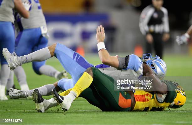 Da'Sean Downey of the Arizona Hotshots sacks quarterback Josh Woodrum of the Salt Lake Stallions during the second quarter of the Alliance of...