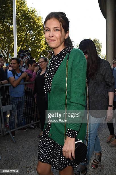 Dasha Zhukova arrives at Miu Miu Fashion Show during Paris Fashion Week Womenswear SS 2015 on October 1 2014 in Paris France