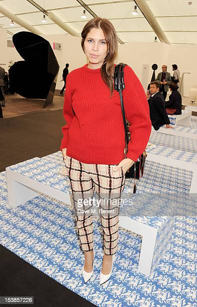 Dasha Zhukova attends a VIP Preview of the Frieze Art Fair in Regent's Park on October 10 2012 in London England
