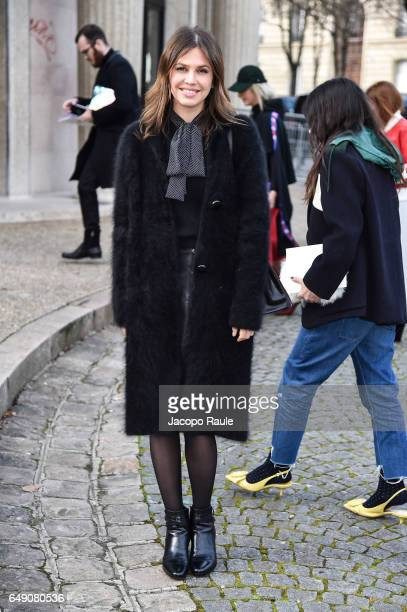 Dasha Zhukova is seen arriving at Miu Miu fashion show during the Paris Fashion Week Womenswear Fall/Winter 2017/2018 on March 7 2017 in Paris France