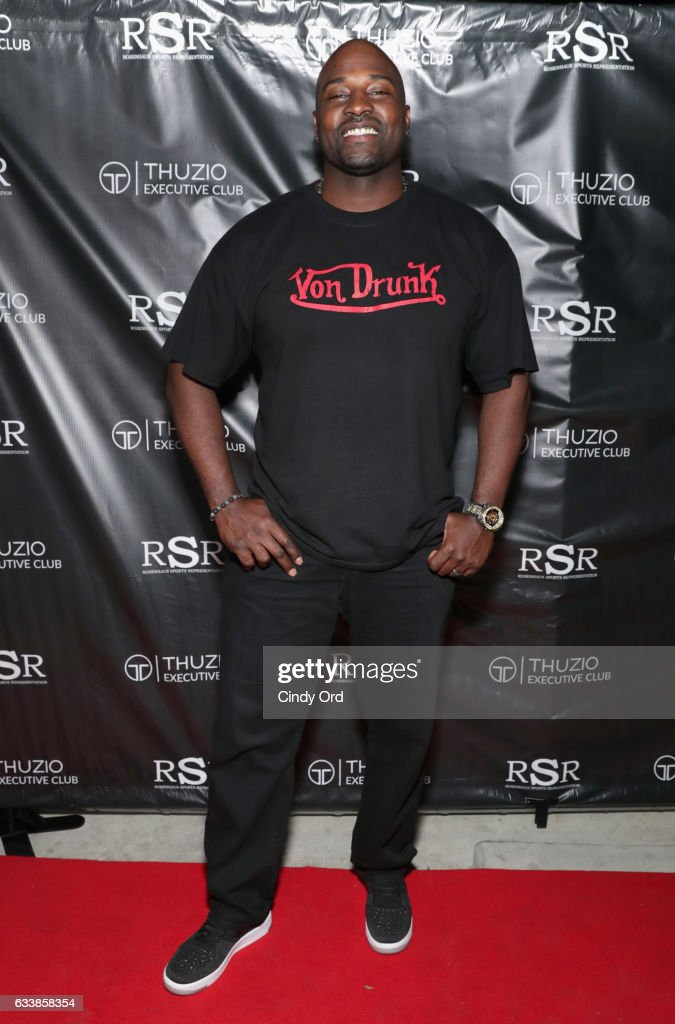 DJ Dat Dude Marcellus Wiley arrives at the Thuzio Executive Club and Rosenhaus Sports Representation Party at Clutch Bar during Super Bowl Weekend, on February 4, 2017 in Houston, TX.