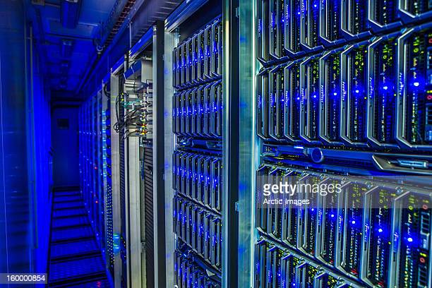 data center - storage compartment stock pictures, royalty-free photos & images