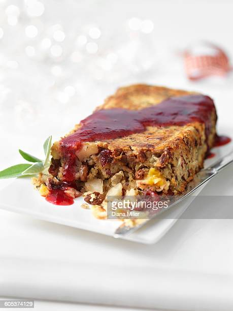 Date and cranberry roast with mulled wine jus