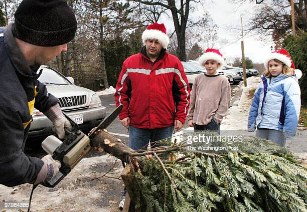 Dec 11 2005 Slug FXtree assignment St Mary's Church Burke VA Photographer Gerald Martineau Knights of Columbus sell XMas trees Davis Solis with red...