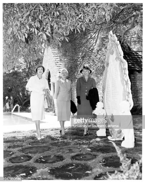 Date with Eve fashion show 28 April 1960 Mrs Irene GibbonsMrs Ray MillanMrs Greg BautzerMrsTheadore A FouchBarbara StanwickMrs Harold P PaulyMrs...