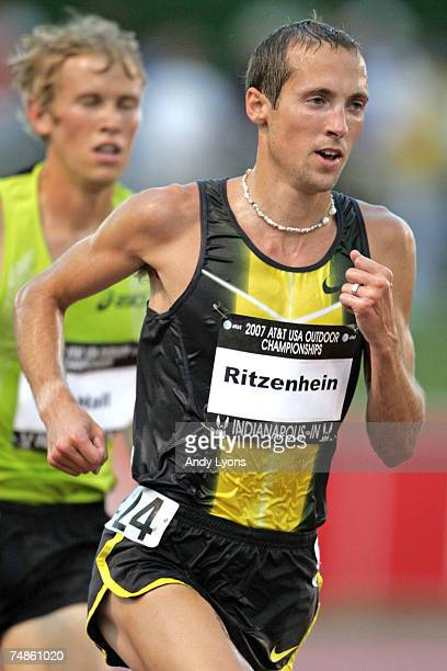 Dathan Ritzenhein competes in the finals of the men's 10000 meter run during the first day of the ATT USA Outdoor Track and Field Championships at IU...