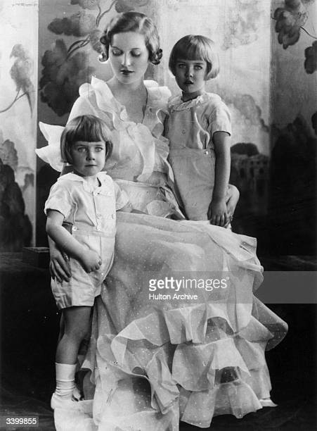 Daughter of the 2nd Baron Redesdale the Hon Diana FreemanMitford who in 1936 became the second wife of Sir Oswald Mosley 6th Baronet English...