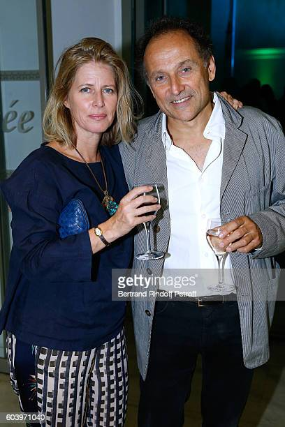 Daughter of the Director of the movie Daniele Thompson Caroline Thompson and her husband JeanPierre Weill attend the Cezanne et Moi Premiere Held at...