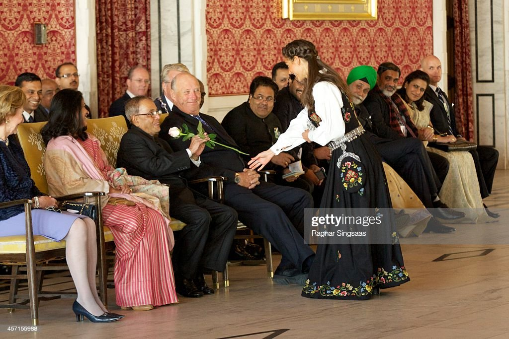 Daughter of the President of India Sharmistha Mukherjee, the President of India Pranab Mukherjee and King Harald V of Norway attend a guided tour at the Oslo City Hall during the first day of the state visit from India on October 13, 2014 in Oslo, Norway.