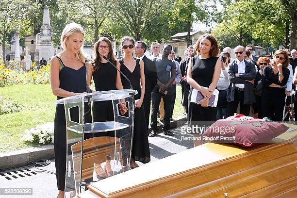 Daughters of Nathalie Rykiel Lola Burstein Salome Burstein and Tatiana Burstein speak during the Designer Sonia Rykiel's Funerals at Cimetiere du...