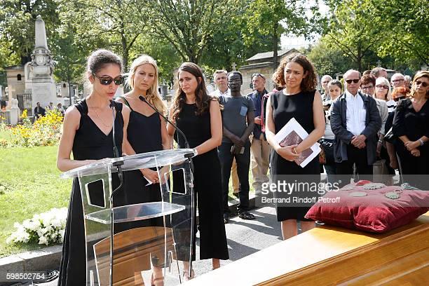 Daughters of Nathalie Rykiel Tatiana Burstein Lola Burstein and Salome Burstein speak during the Designer Sonia Rykiel's Funerals at Cimetiere du...