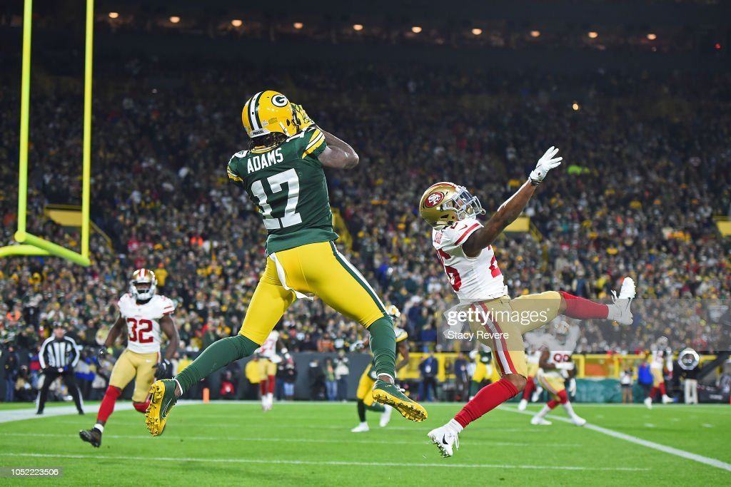 San Francisco 49ers v Green Bay Packers : News Photo