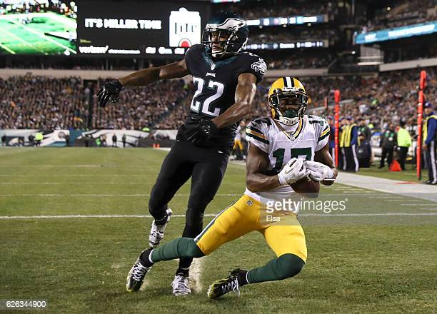 Davante Adams of the Green Bay Packers catches a touchdown pass against Nolan Carroll of the Philadelphia Eagles in the second quarter at Lincoln...