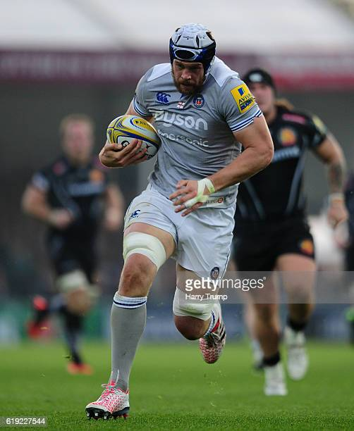 Dave Attwood of Bath Rugby breaks through during the Aviva Premiership match between Exeter Chiefs and Bath Rugby at Sandy Park on October 30 2016 in...